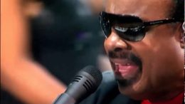 Stevie-Wonder-Superstition-Live-in-London-2008