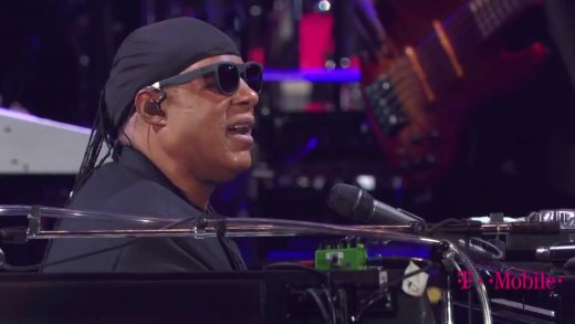 Stevie-Wonder-Overjoyed-Live-Global-Citizens-Concert-2017-Part-4